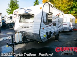 Used 2015  Jayco  JAYFLIGHT 154BH by Jayco from Curtis Trailers in Portland, OR