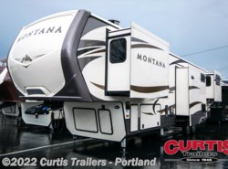 New 2017  Keystone Montana 3790rd by Keystone from Curtis Trailers in Portland, OR