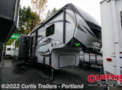 Used 2016  Keystone Avalanche 300re