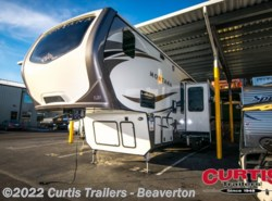 New 2016  Keystone Montana 3820fk by Keystone from Curtis Trailers in Portland, OR