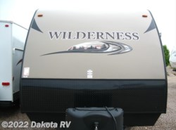Used 2015  Heartland RV Wilderness WD 3250BS by Heartland RV from Dakota RV in Rapid City, SD