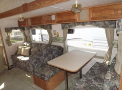 Used 2003  Keystone Cougar 28RLS by Keystone from Diamond RV Centre, Inc. in West Hatfield, MA