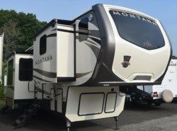 New 2017  Keystone Montana 3820FK by Keystone from Diamond RV Centre, Inc. in West Hatfield, MA