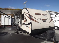 Used 2015  Keystone Bullet 251RBS by Keystone from Diamond RV Centre, Inc. in West Hatfield, MA