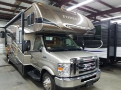 Used 2015  Forest River Forester 3011DS by Forest River from Diamond RV Centre, Inc. in West Hatfield, MA