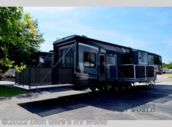 New 2017  Heartland RV Cyclone 4250 by Heartland RV from Dick Gore's RV World in Jacksonville, FL
