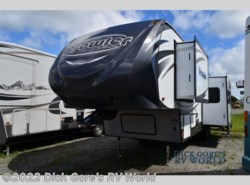 Used 2015  Heartland RV Prowler P299 by Heartland RV from Dick Gore's RV World in Richmond Hill, GA