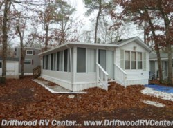 Used 1991  Fleetwood  PARKVIEW 1BR by Fleetwood from Driftwood RV Center in Clermont, NJ