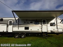 New 2017  Jayco Jay Flight 32BHDS by Jayco from All Seasons RV in Muskegon, MI
