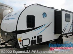 New 2017  Palomino Real-Lite Mini 17-BS by Palomino from ExploreUSA RV Supercenter - KYLE, TX in Kyle, TX