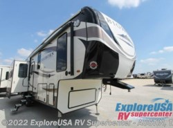 New 2017  Heartland RV Bighorn Traveler 32RS by Heartland RV from ExploreUSA RV Supercenter - KYLE, TX in Kyle, TX