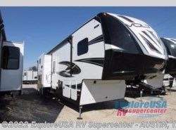 New 2017  Dutchmen Voltage V3305 by Dutchmen from ExploreUSA RV Supercenter - KYLE, TX in Kyle, TX