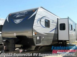 New 2017  CrossRoads Zinger ZT33BH by CrossRoads from ExploreUSA RV Supercenter - BOERNE, TX in Boerne, TX