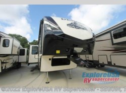 New 2017  Dutchmen Denali 307RLS by Dutchmen from ExploreUSA RV Supercenter - SEGUIN, TX in Seguin, TX
