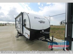 New 2017  Palomino Real-Lite Mini 177 by Palomino from ExploreUSA RV Supercenter - SEGUIN, TX in Seguin, TX