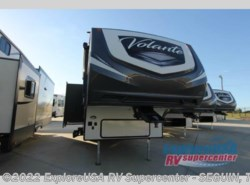 New 2017  CrossRoads Volante 280RL by CrossRoads from ExploreUSA RV Supercenter - SEGUIN, TX in Seguin, TX