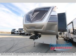New 2017  Dutchmen Voltage V3970 by Dutchmen from ExploreUSA RV Supercenter - SEGUIN, TX in Seguin, TX