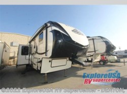 New 2017  Dutchmen Denali 307RLS by Dutchmen from ExploreUSA RV Supercenter - DENTON, TX in Denton, TX