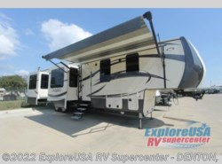 New 2017  CrossRoads Cameo CM37RD by CrossRoads from ExploreUSA RV Supercenter - DENTON, TX in Denton, TX
