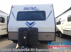 New 2017  Forest River Flagstaff Micro Lite 25DKS by Forest River from ExploreUSA RV Supercenter - DENTON, TX in Denton, TX