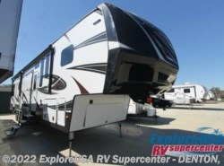 New 2017  Dutchmen Voltage V4150 by Dutchmen from ExploreUSA RV Supercenter - DENTON, TX in Denton, TX