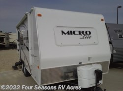 Used 2014  Forest River Flagstaff Micro Lite 21FBRS by Forest River from Four Seasons RV Acres in Abilene, KS