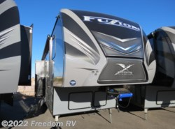 New 2017  Keystone Fuzion Chrome 423 by Keystone from Freedom RV  in Tucson, AZ