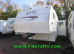 Used 2005  Jayco Jay Flight 28.5RLS by Jayco from Fretz  RV in Souderton, PA