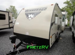 New 2017  Winnebago Micro Minnie 1706FB by Winnebago from Fretz  RV in Souderton, PA