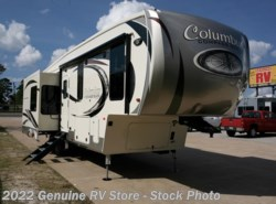 New 2017  Palomino Columbus 298RLC by Palomino from Genuine RV Store in Nacogdoches, TX