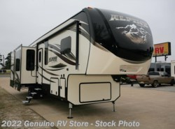 New 2017  Keystone Alpine 3501RL by Keystone from Genuine RV Store in Nacogdoches, TX