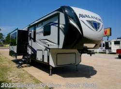New 2018 Keystone Avalanche 300RE available in Nacogdoches, Texas