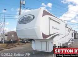 Used 2007 Dutchmen  34QRL available in Eugene, Oregon