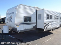 Used 2008  Forest River Wildwood  36BHSS by Forest River from Sunny Island RV in Rockford, IL