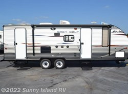 Used 2015  Forest River Cherokee Grey Wolf  23DBH by Forest River from Sunny Island RV in Rockford, IL