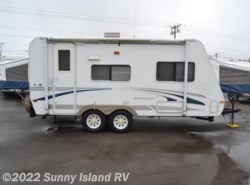 Used 2005  R-Vision  Trail Cruiser 19C by R-Vision from Sunny Island RV in Rockford, IL
