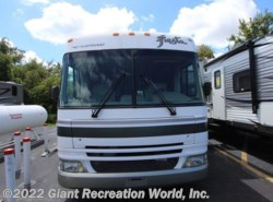 Used 2005  Fleetwood Fiesta 32S by Fleetwood from Giant Recreation World, Inc. in Winter Garden, FL