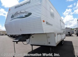 Used 2003  Forest River Wildwood 31RK by Forest River from Giant Recreation World, Inc. in Ormond Beach, FL