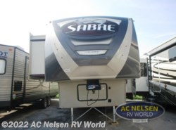 Used 2015  Palomino Sabre 36FLRB by Palomino from AC Nelsen RV World in Omaha, NE
