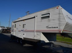 Used 2005  Coachmen Spirit of America 526RLS by Coachmen from Delmarva RV Center in Milford, DE