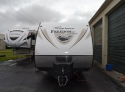 New 2017  Coachmen Freedom Express 29SE by Coachmen from Delmarva RV Center in Seaford in Seaford, DE
