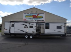 New 2017  Forest River Wildwood 426 by Forest River from Delmarva RV Center in Milford, DE