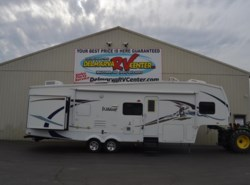 Used 2009  Forest River Wildcat 32QBBS by Forest River from Delmarva RV Center in Milford, DE