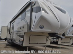 New 2016  Coachmen Chaparral 372QBH by Coachmen from Gillette's Interstate RV, Inc. in East Lansing, MI