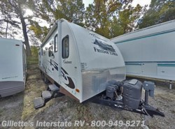 Used 2012  Coachmen Freedom Express 270FLDS by Coachmen from Gillette's Interstate RV, Inc. in East Lansing, MI