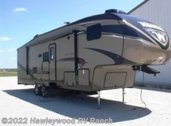 New 2017  Winnebago  28RDB VOYAGE by Winnebago from Hawleywood RV Ranch in Dodge City, KS