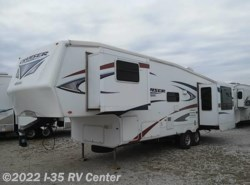 Used 2010  CrossRoads Patriot 31RE by CrossRoads from I-35 RV Center in Denton, TX