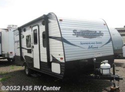 Used 2017  Miscellaneous  Summerland 1800BH  by Miscellaneous from I-35 RV Center in Denton, TX