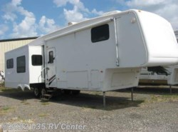 Used 2006  Keystone Montana 3400 RL by Keystone from I-35 RV Center in Denton, TX