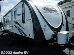 Used 2013  Coachmen Freedom Express 297 RLDS by Coachmen from Ancira RV in Boerne, TX